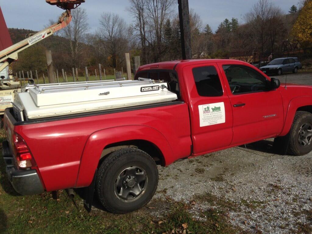 mobile veterinarian truck